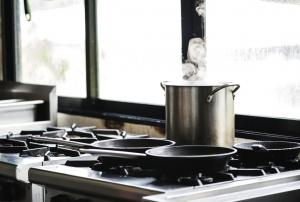 used-stove-restaurant-kitchen