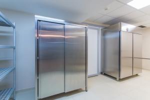 stainless-steel-restaurant-refrigerator